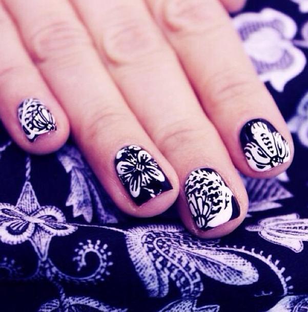 Matching Print And Nails By Ellie Wahnails Nailart Floral Nail