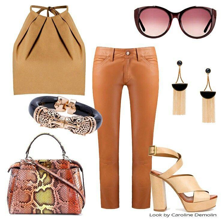 Ela faz a diferença! Veja post completo e muitos looks em www.carolinedemolin.com.br #moda #fashion #trend #tendencia #estilo #styles #looks #lookoftheday #lookdodia #personalstylist #personalstylistbh #consultoriadeimagem #consultoriadeimagembh #consultoriademoda #imagem #autoestima #identidade #shoes #bags #roupas #sapatos #bolsas  #carinaduek #andreamarques #animale #fendi #chloe      www.carolinedemolin.com.br
