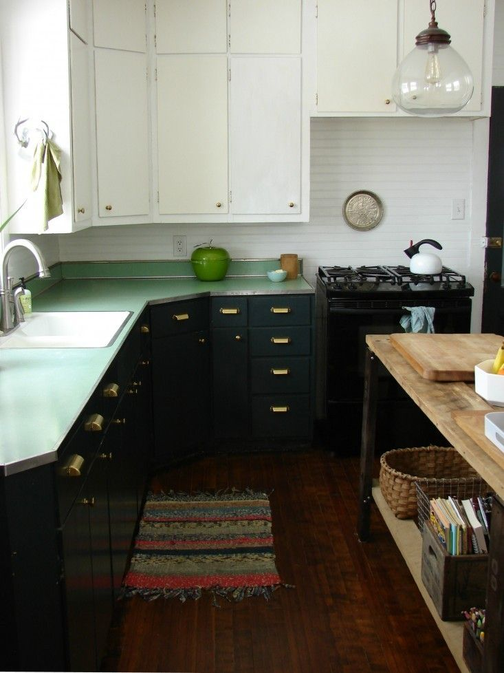 How To Paint Kitchen Cabinets: 5 Tips From A Master Painter: Remodelista