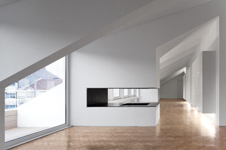 16 Remarkable Attic Rooms Hangout Ideas Atticapartment Haus Innenarchitektur Wohnung Hausbibliothek