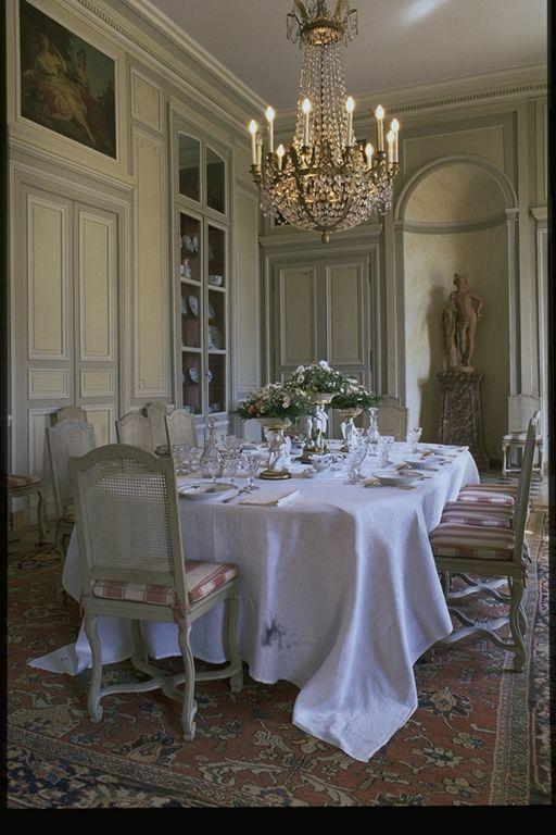 Chateau De La Motte Tilly Aube Champagne Oversized Table Cloth