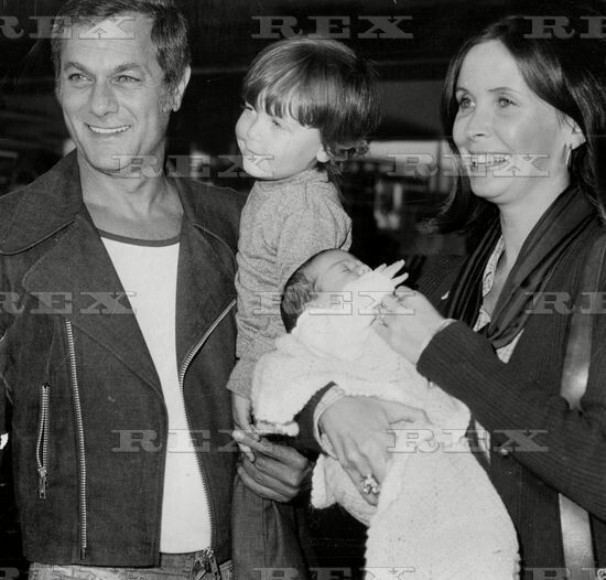 Tony Curtis And Leslie Allen Mid 70s Tony Curtis Tony Curtis