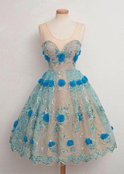 7675a2e767cb Vintage Prom, Vintage Outfits, Vackra Klänningar, Vintage Skönhet, Söta  Klänningar, Dressing
