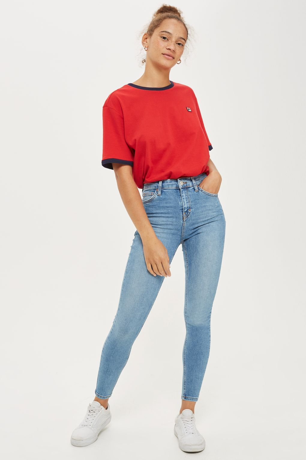 d3ffe8964c9d Carousel Image 2 Jean Outfits, Mom Jeans, Skinny Jeans, Carousel, Curves,