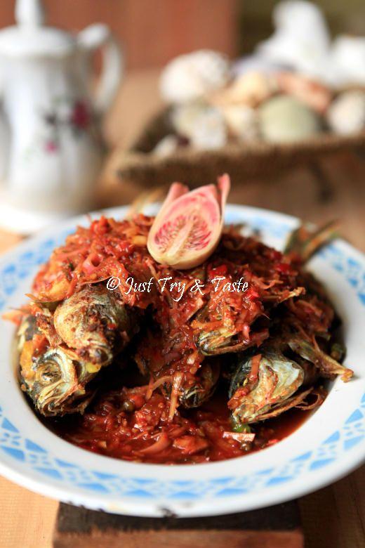 Resep Ikan Pisang Pisang Siram Saus Bunga Kecombrang Resep Ikan Resep Masakan Indonesia Resep Masakan Asia