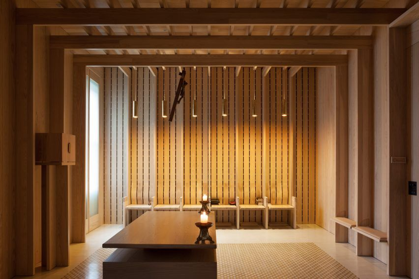 Carmelite Prayer Room by Niall McLaughlin Architects lnterior