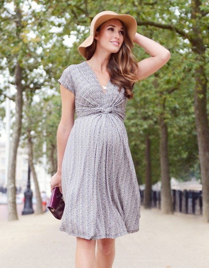 a9e7f58ee4744 Seraphine Floral Knot Front Maternity Dress | #spring2017 #maternity  #fashion #style