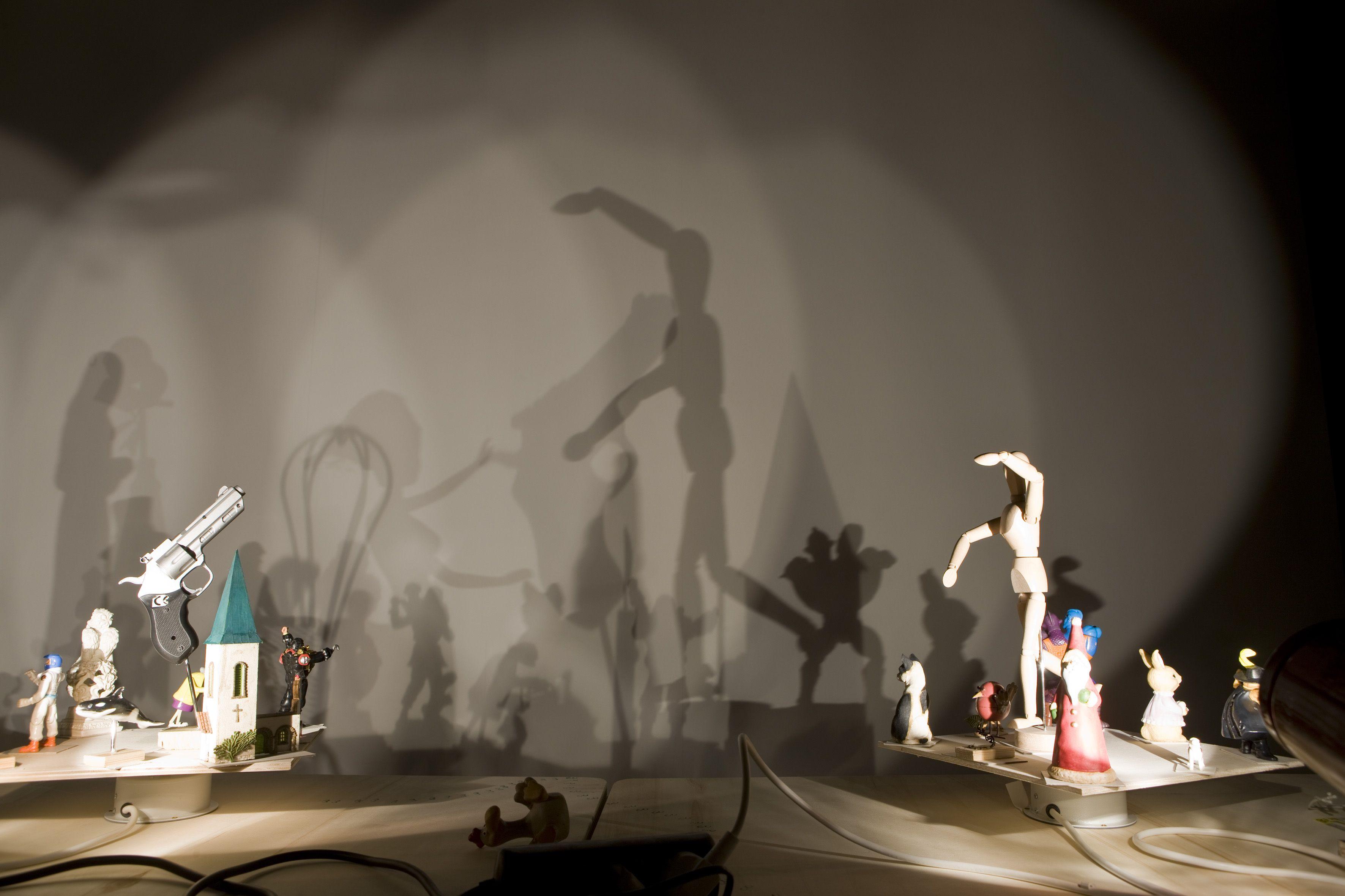 Hans-Peter Feldmann, Shadow Play, 2002-2012 Foto Agostino Osio Courtesy Fondazione HangarBicocca www.hangarbicocca.org