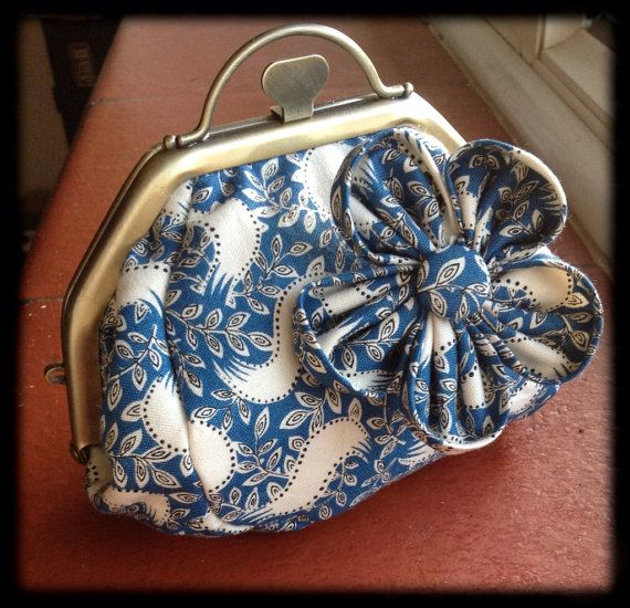 Lady Mary purse and floral brooch set by Kidcatsson (£14.50)