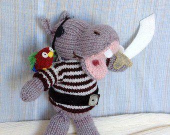 Pug with Anorak Knitting Pattern | Knitting patterns, Soft ...