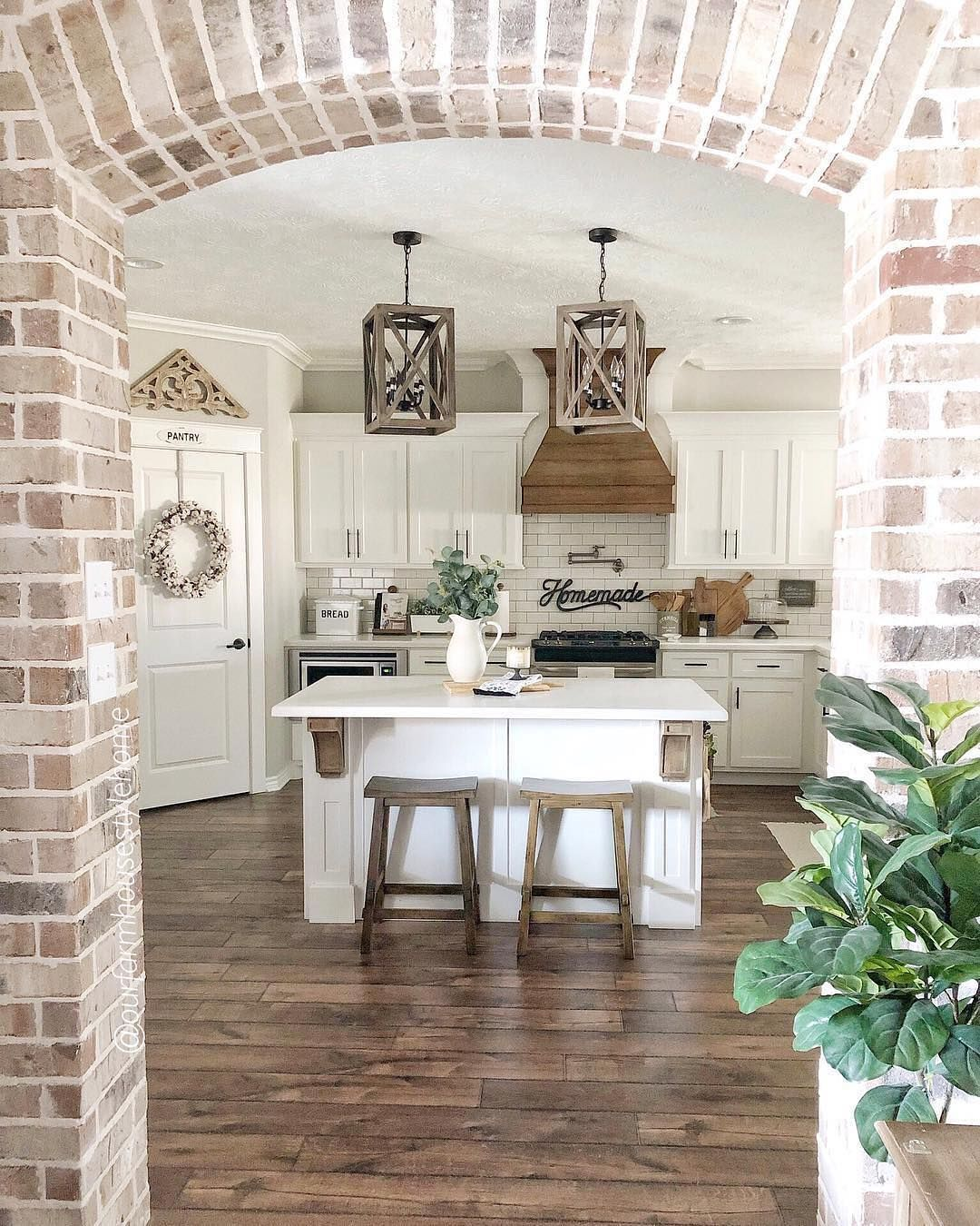 Farmhouse Fanatics On Instagram Rate This View On A Scale Of 1 10 Ourfarmhousestylehome Kitchen Remodel Design Country House Decor Elegant Kitchens