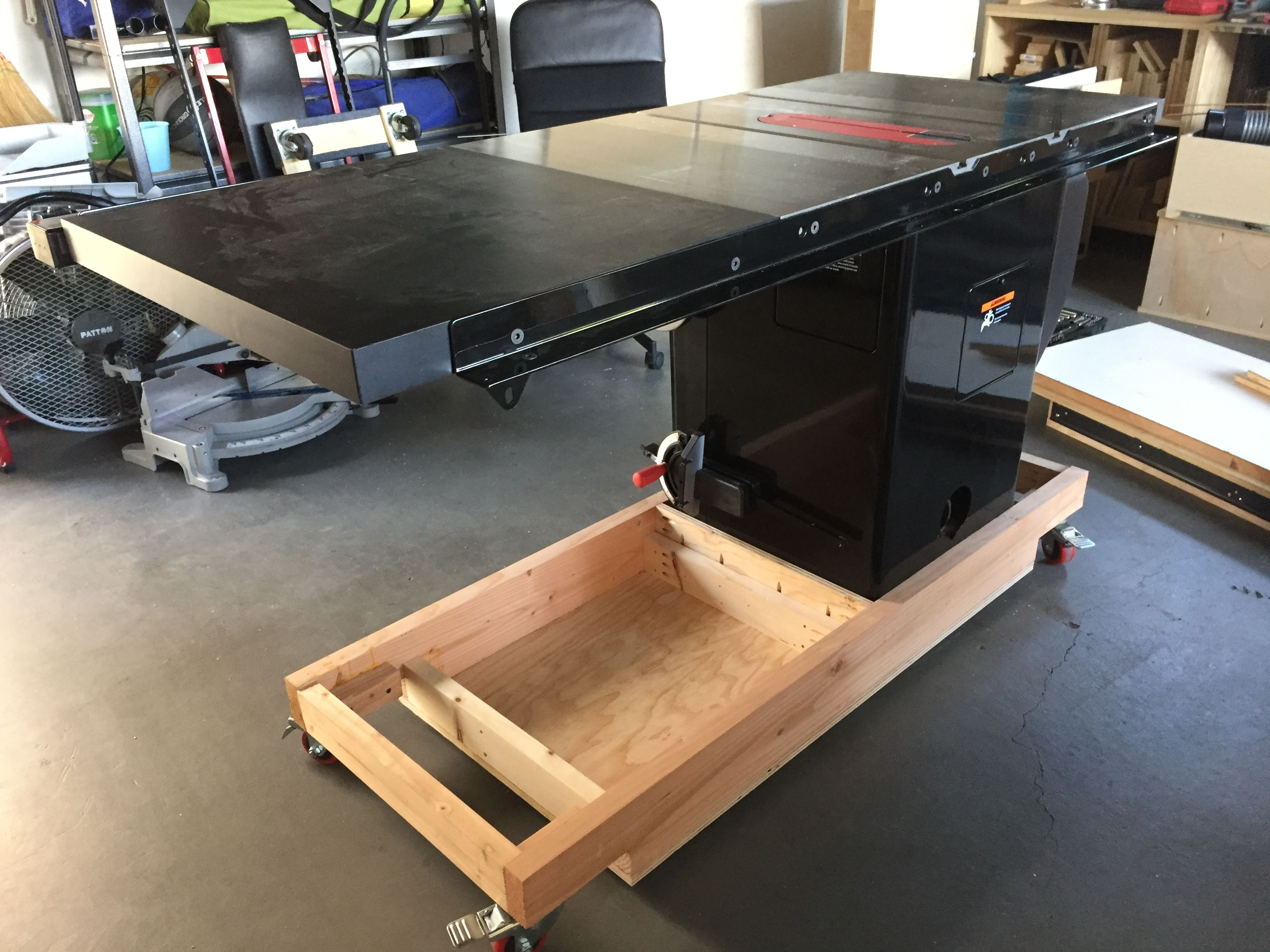 Sawstop Pcs Table Saw Mobile Base