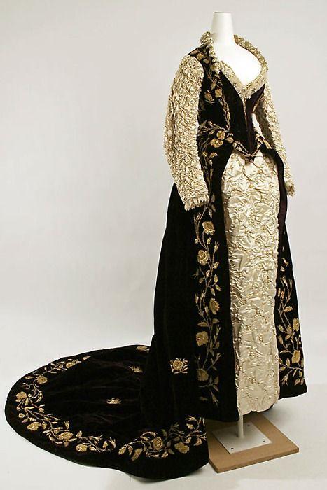 Fancy Dress Costume    1890-1909    The Metropolitan Museum of Art