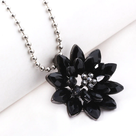 New Black Dahlia Necklace Avengers Spider Man Crystal