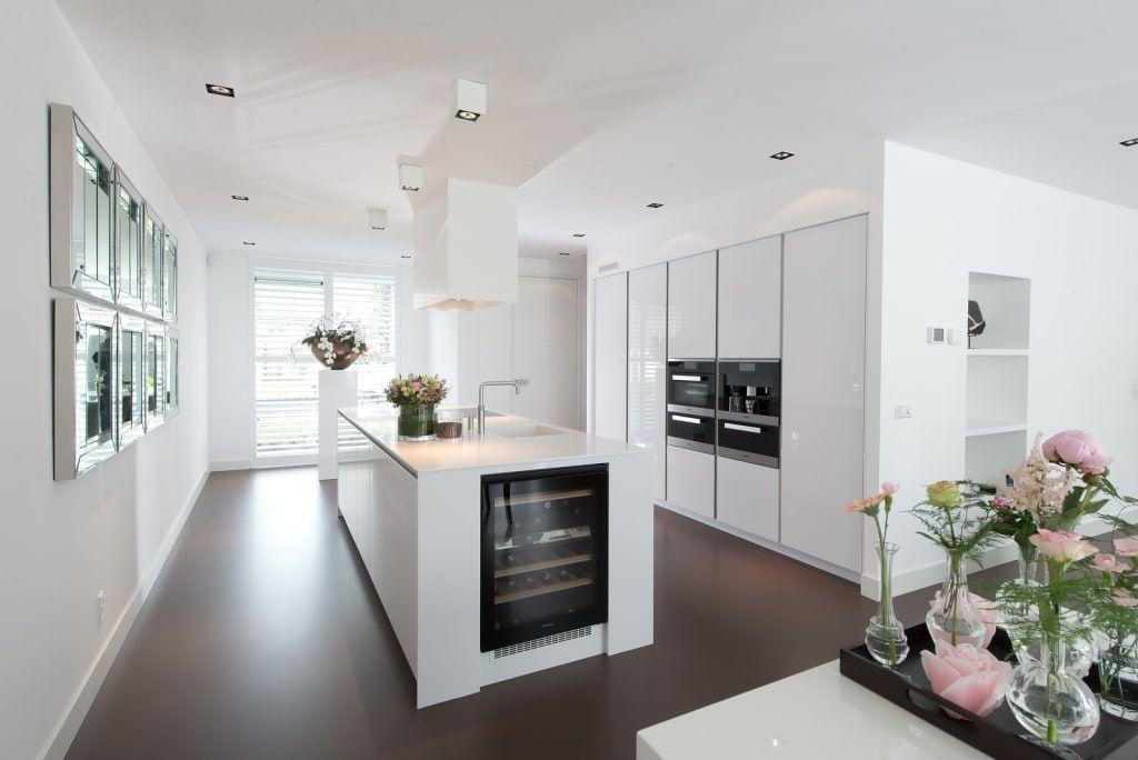 Photo of Cucine moderne di tieleman keukens modern | homify