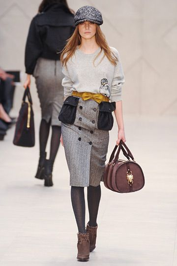 Burberry Prorsum »  Fall 2012 RTW »    PenteChics as Trendsetters!!!  It's our time.  Lol