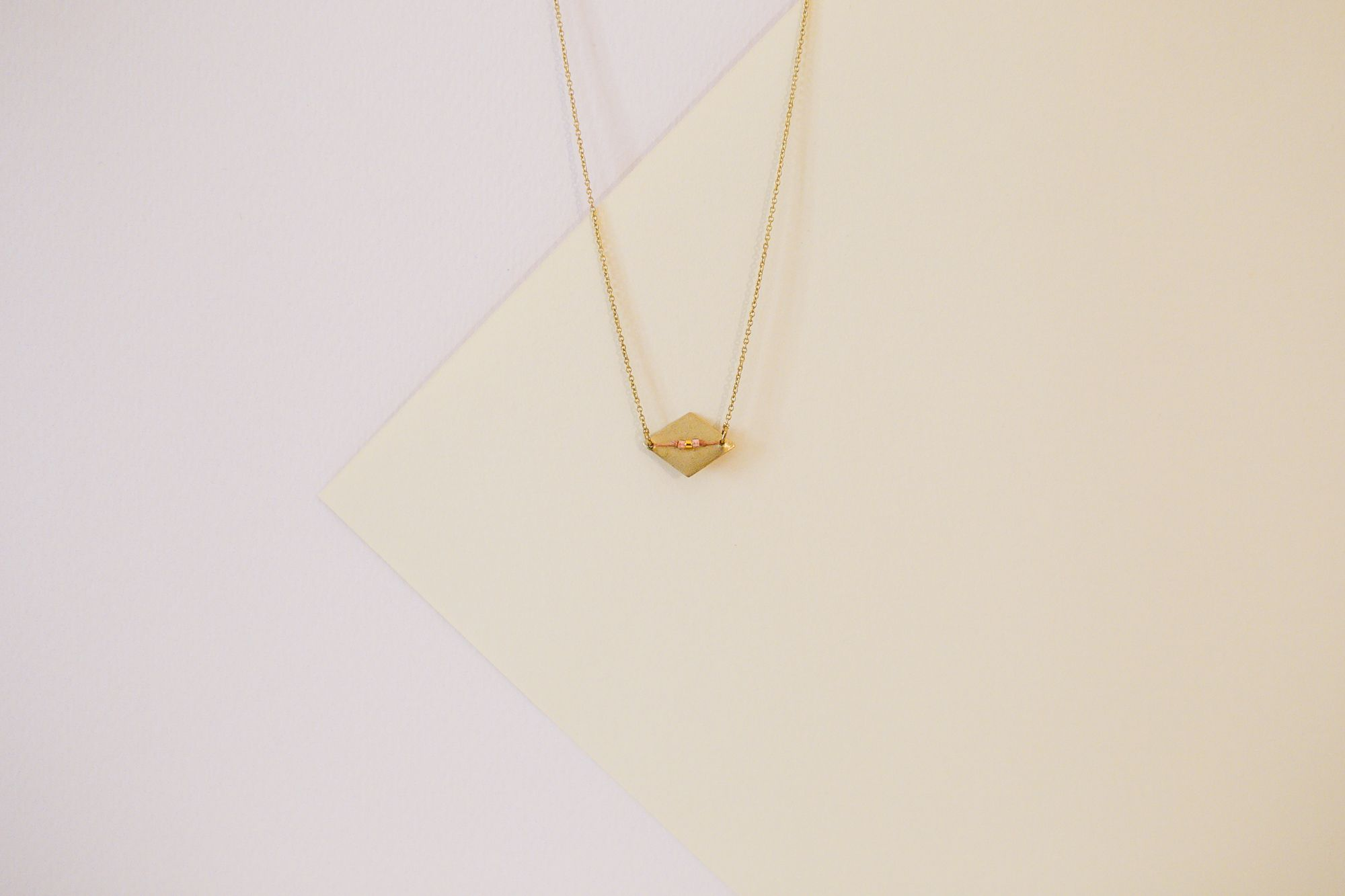 Collier DIARRA Les bijoux de Lu Crédit Photo: @margotmchn