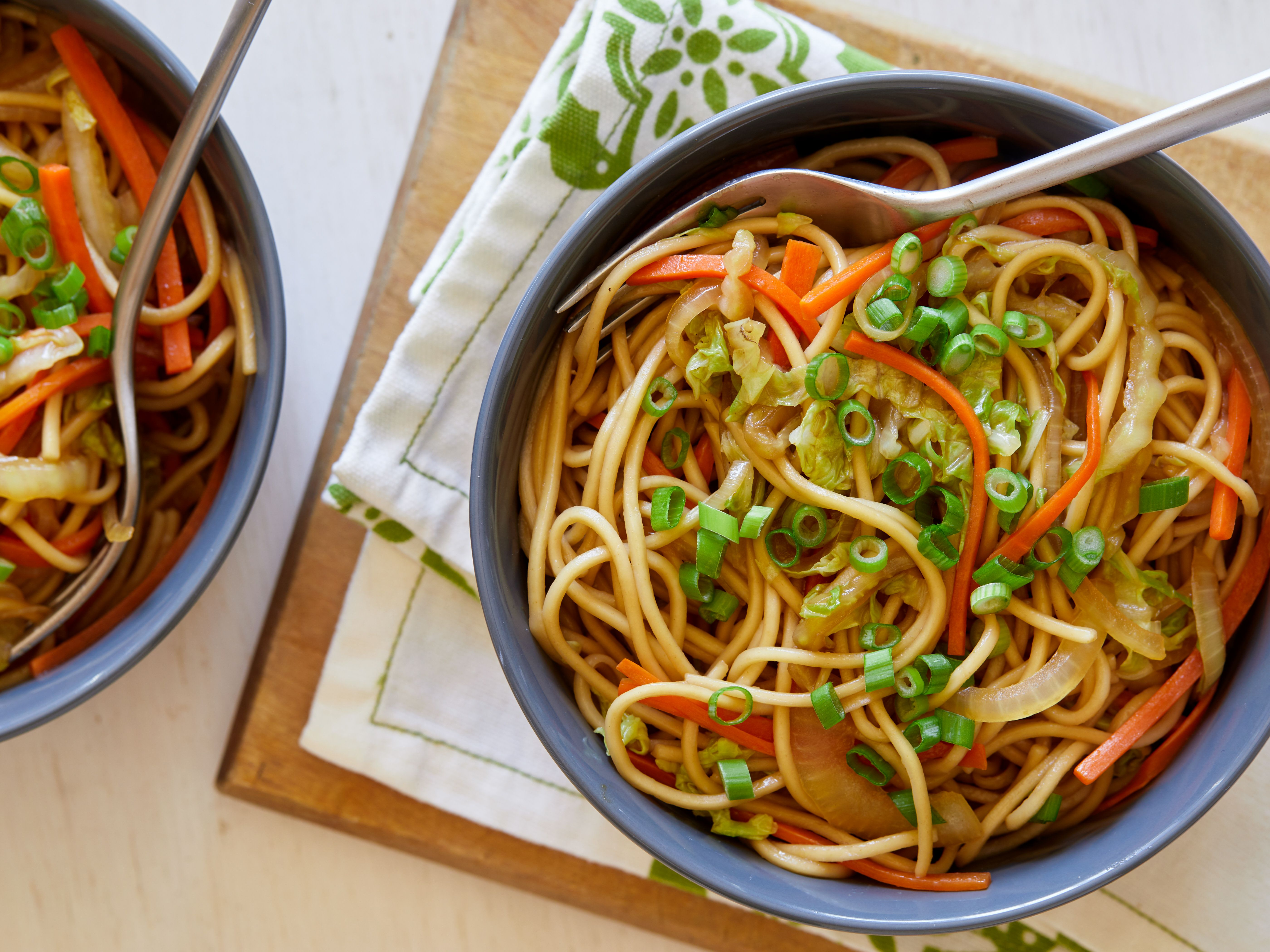 Chow mein recipe in 2020 food network recipes food