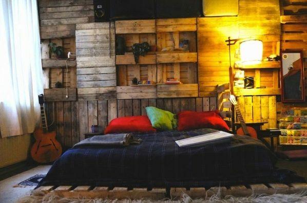 bett aus paletten selber bauen praktische diy ideen eigene wohnung. Black Bedroom Furniture Sets. Home Design Ideas