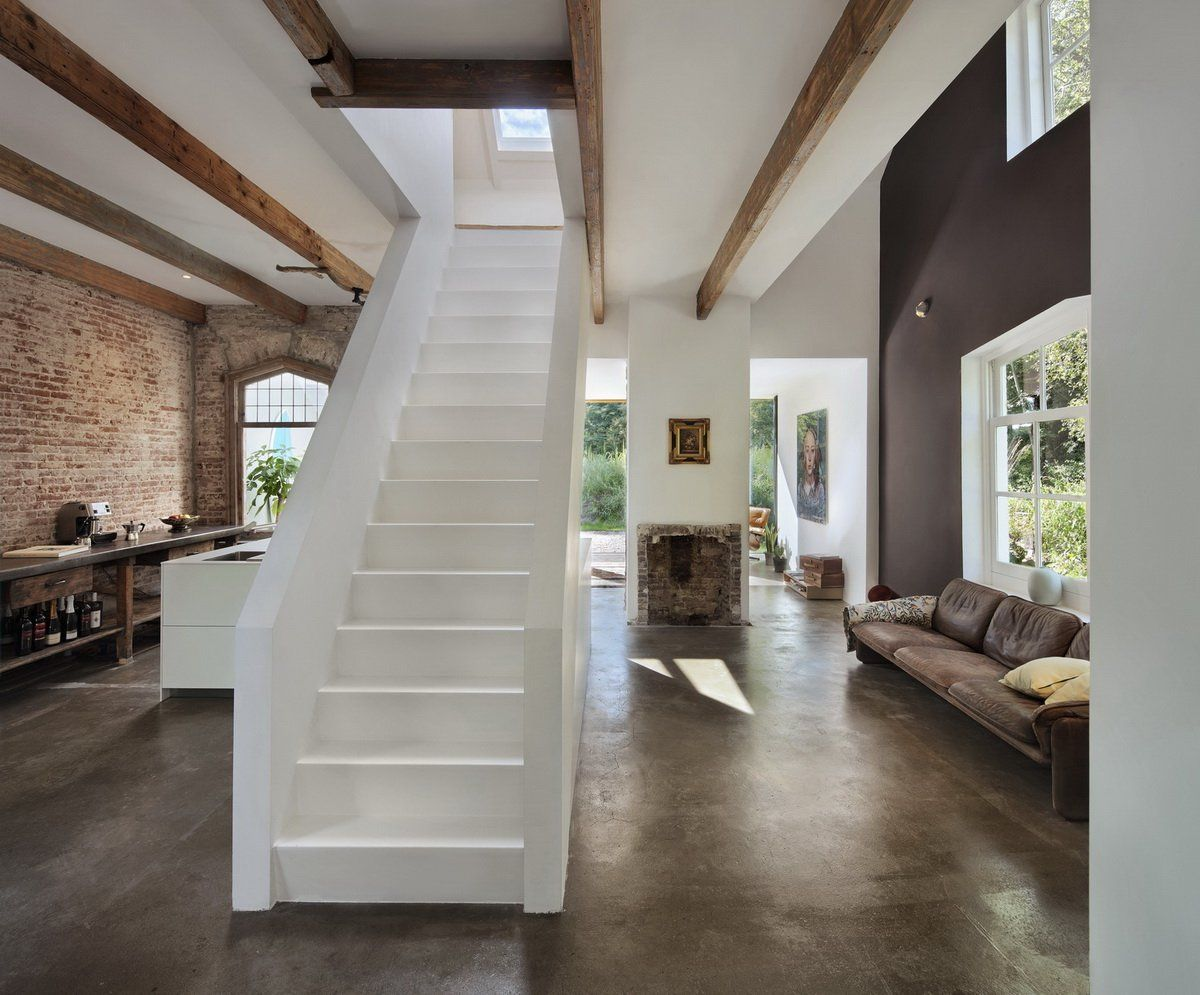 Best Stairs In The Middle Of A Room At Santpoort Rail House By 400 x 300