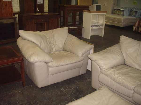 Beautiful Sealy Leather Sofa 3pc Sealy Leather Couch Loveseat ...