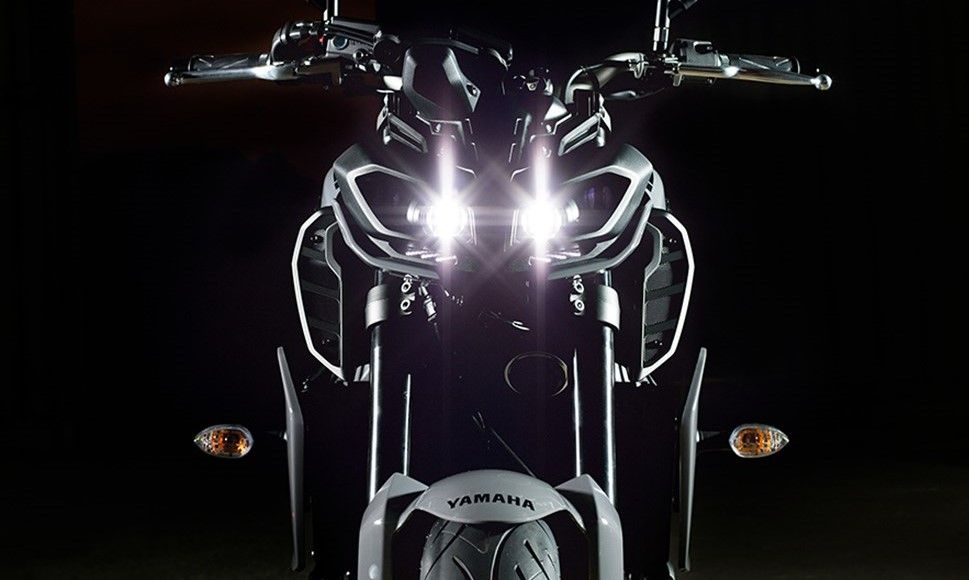 Pin by Rajiv Dhiman on Maxabout Autos | Yamaha fz 09 ...