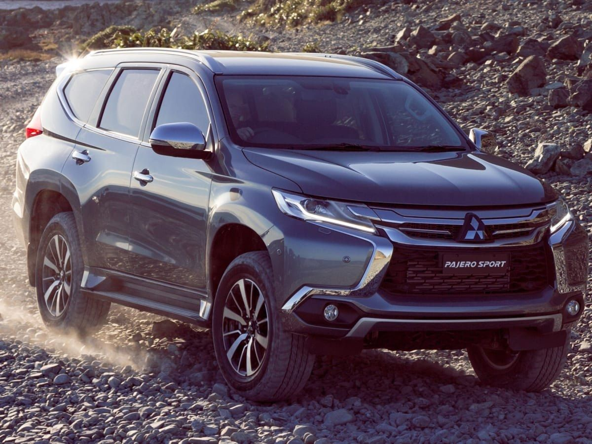 Top 2020 Mitsubishi Pajero Sport Facelift Redesign And Concept Mitsubishi Pajero Sport Mitsubishi Pajero Upcoming Cars