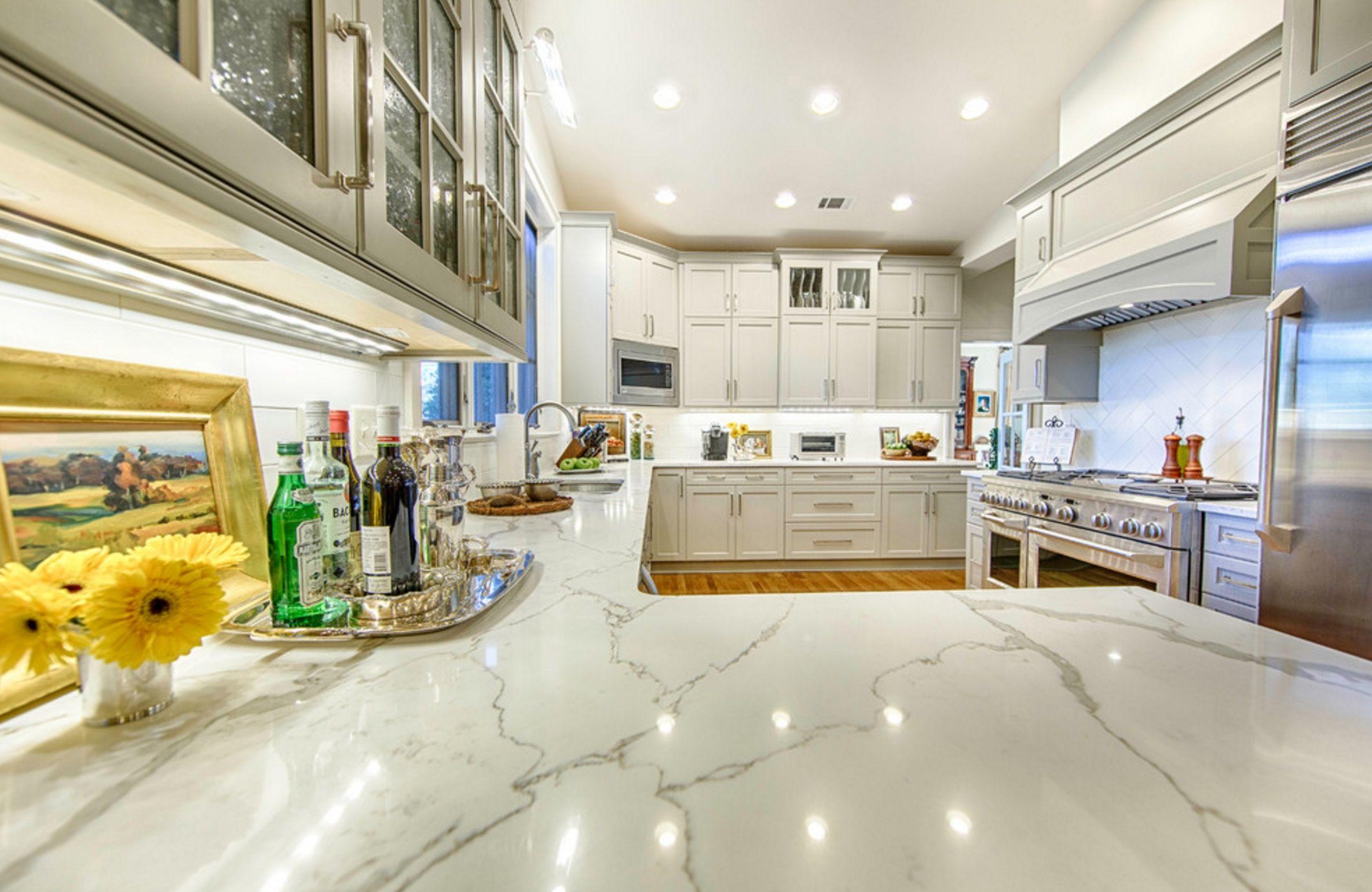 I Want This Kitchen By Polarstone Www Polarstoneus Com Quartz Vs