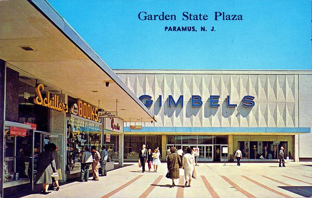 Garden state plaza paramus nj garden state plaza jersey girl and roadside attractions for Jersey gardens mall restaurants