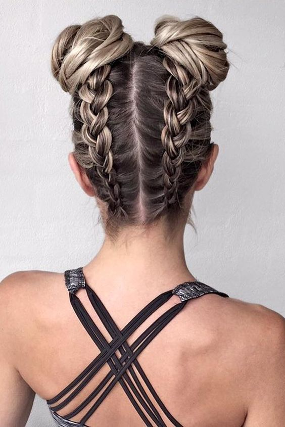 Cute Hairstyle With Space Bun Try This On Summer Nona Gaya Hair Styles Pretty Braided Hairstyles Gorgeous Braids