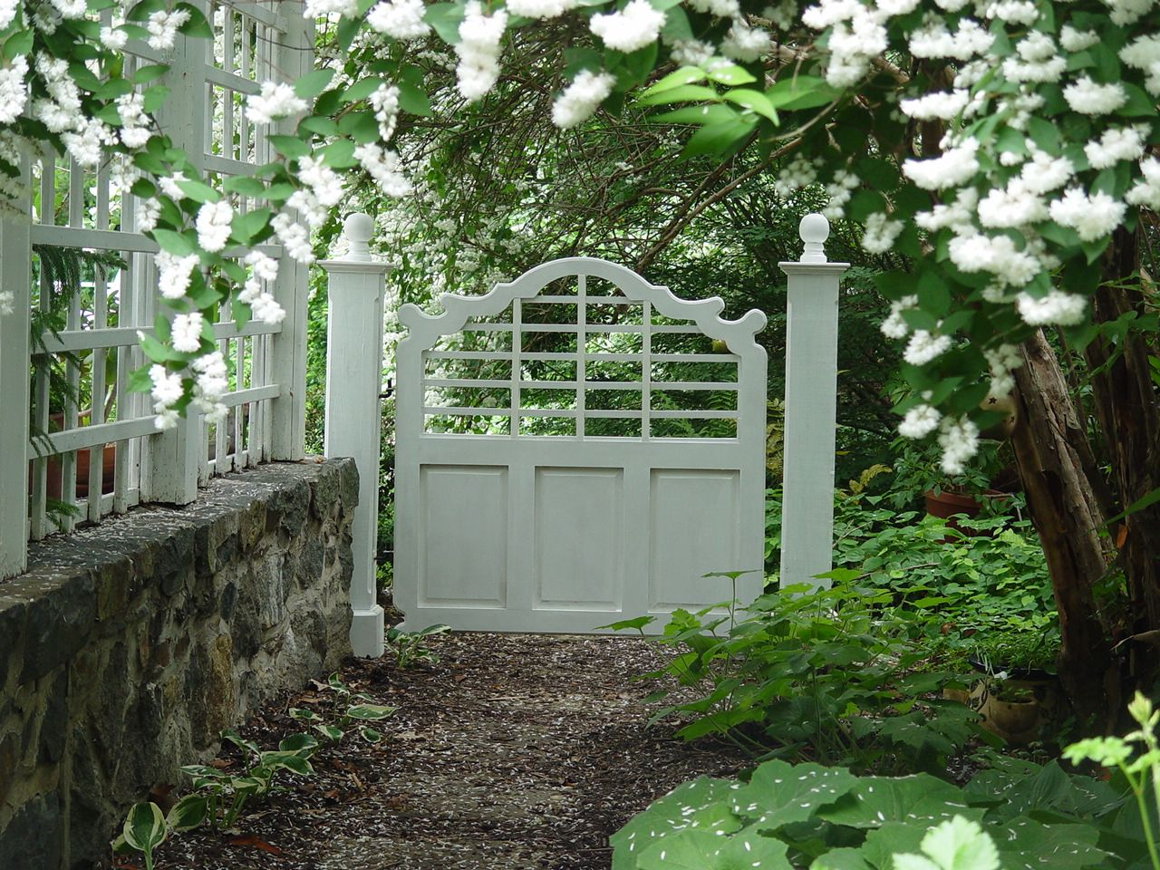 Lutyens Garden Gate Create By The Graceful Gates Company