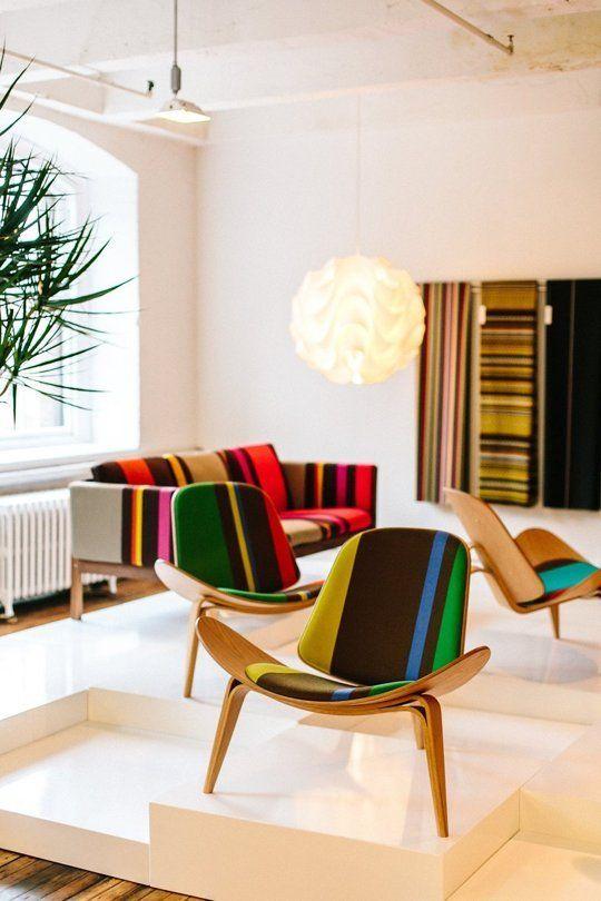 Tyget finns att köpa i Karlskrona på Movement design. Något för det nya huset?! :) Carl Hansen & Son Collaborate with Paul Smith and Maharam