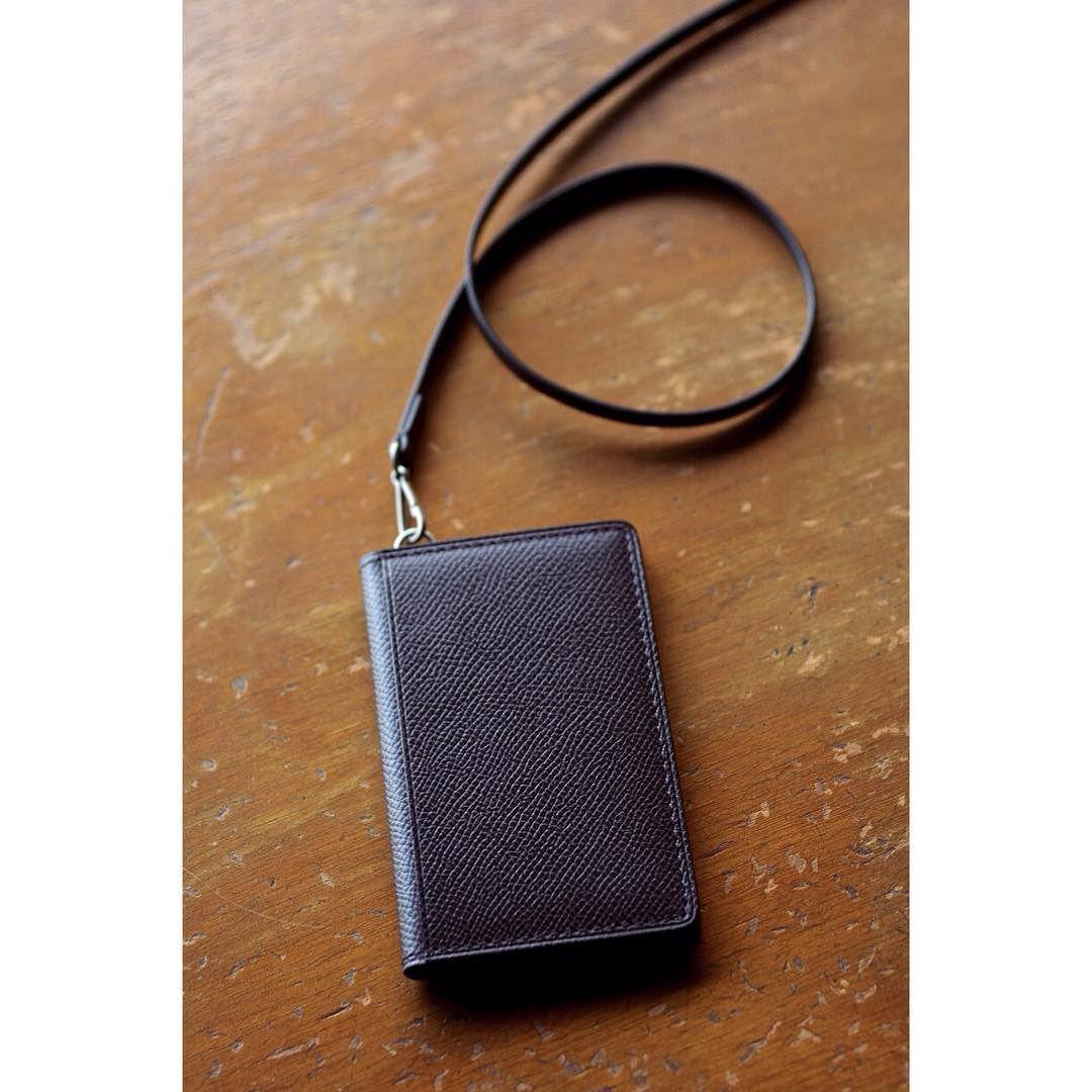 card holder with strap  #bespoke #leatherwork #leathercraft #handcrafted #leathergoods #cardholder #niwaleathers by niwa_leathers