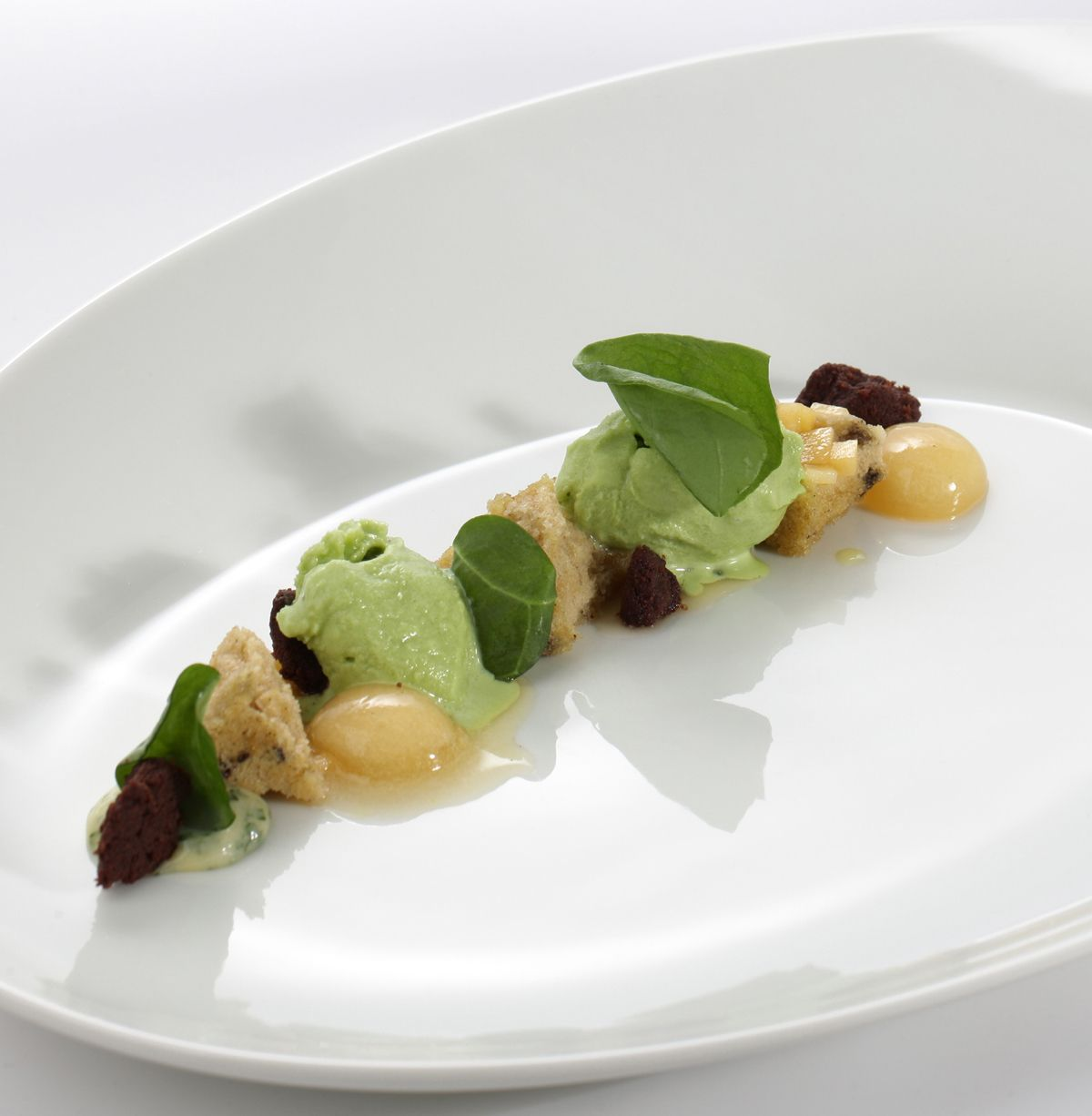 Dessert. Stefan Lenz, head chef at the Austrian Relais & Châteaux Hotel Tennerhof in Kitzbühel. http://www.four-magazine.com/articles/1984/chef-of-the-year