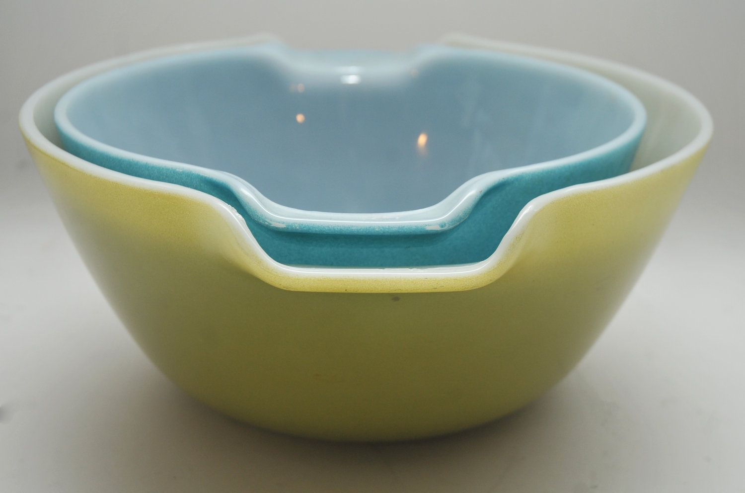 PAIR of Vintage Mid Century Fire King Mixing Bowls 1950s ...