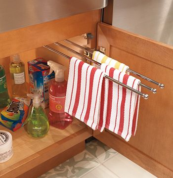 Looks Like They Took Curtain Rods And Created A Retractable Towel Rack