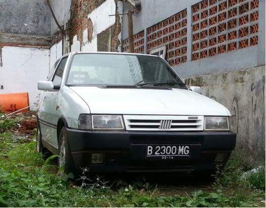 Dijual Fiat Uno Turbo 2 Warna Putih Bekasi Lapak Mobil Dan