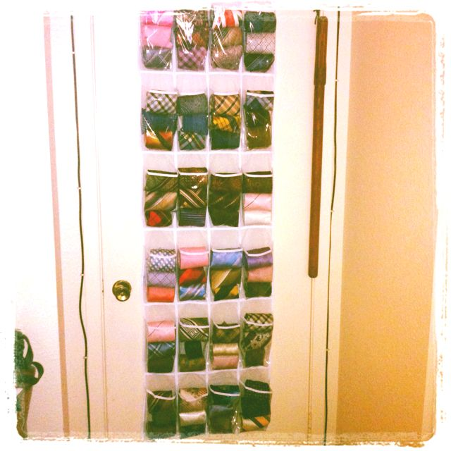 The shoe slots, Ways to organize ties