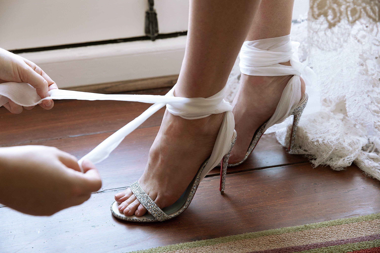 Hilary Swank Wears Elie Saab Couture