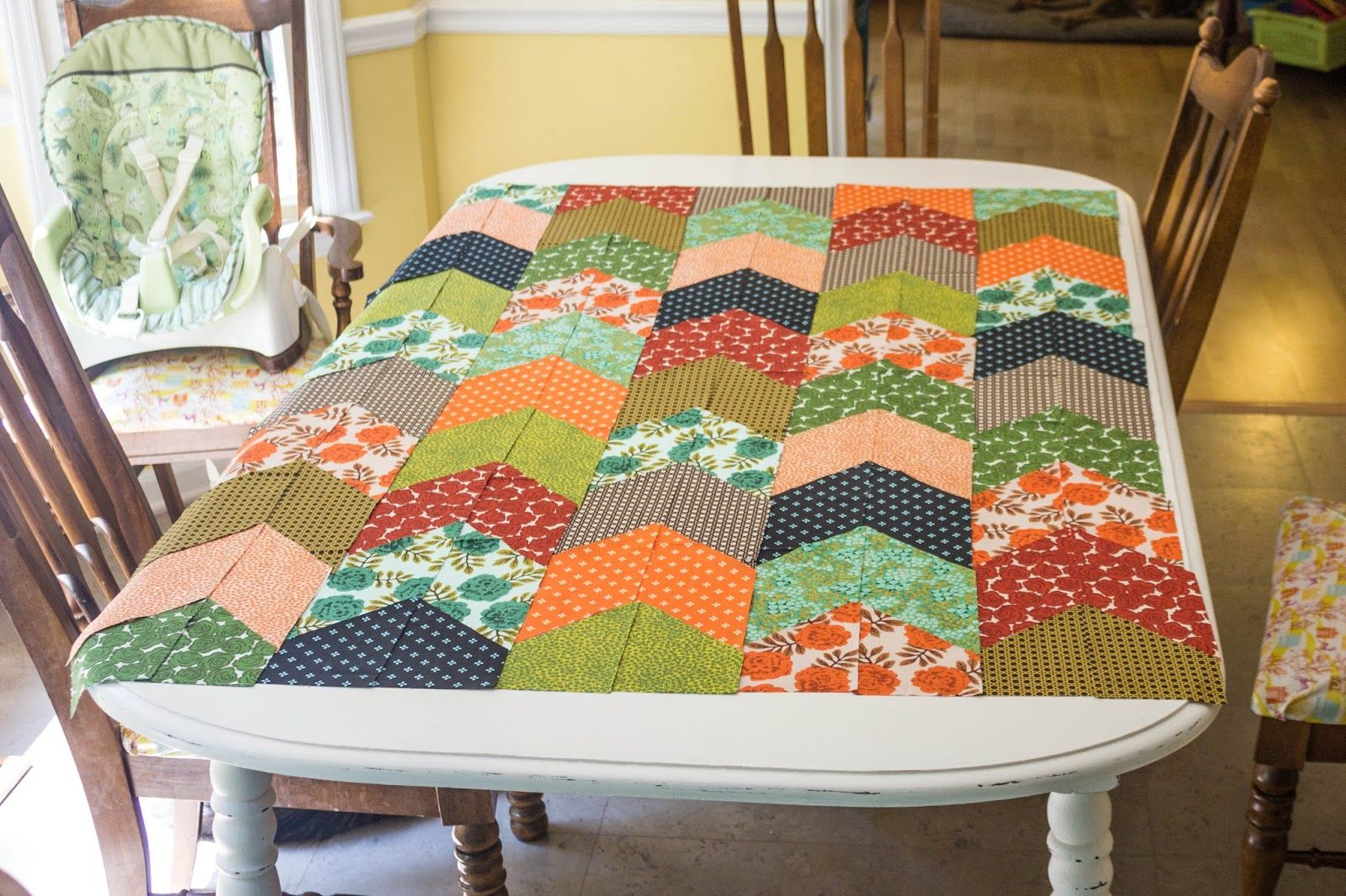 Hi there!  Are you ready to get started cutting?  I think you will find that cutting the fabric for this quilt top is easy and quick!  But, ...