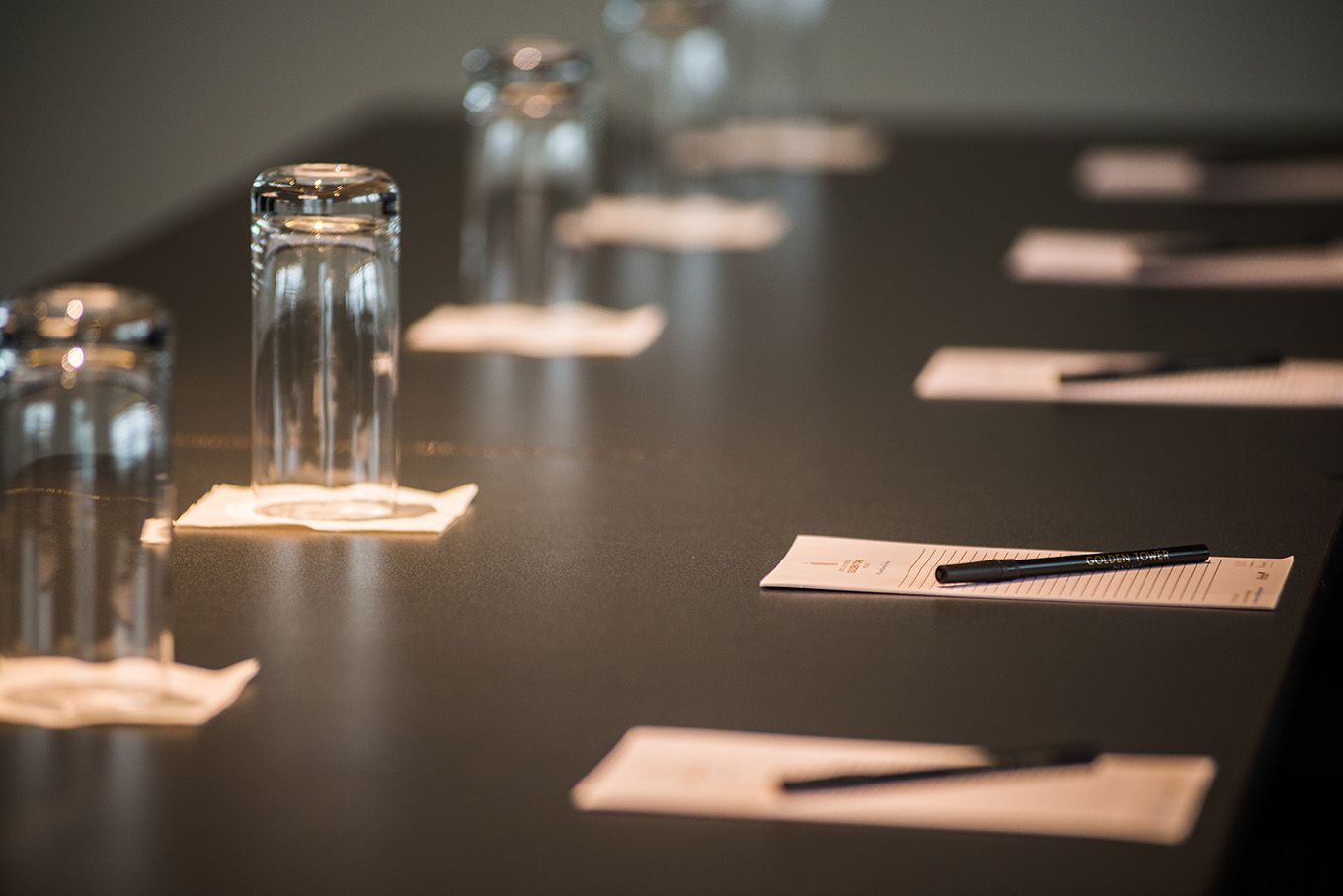 Our meeting rooms are spaces for successful business meetings.  www.lasamericasgoldentower.com