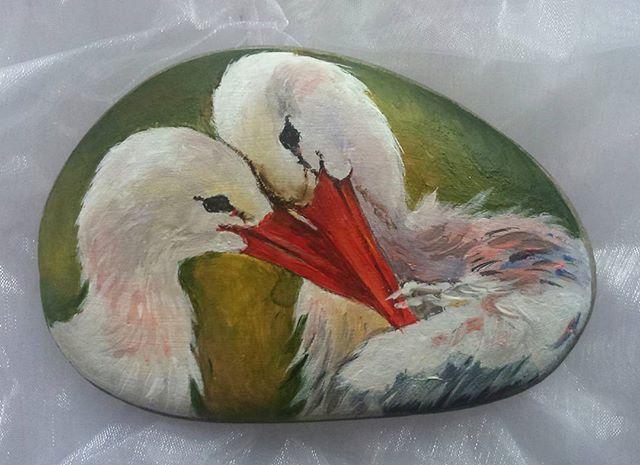 #handmade #pebbleart #paintedstones #paintedrocks #birds #росписьнакамне #росписьгальки #рисункинагальке #авторскаяработа #сувенирныекамни #птицы #миниатюрнаяроспись #арткамни_ГаЛизО