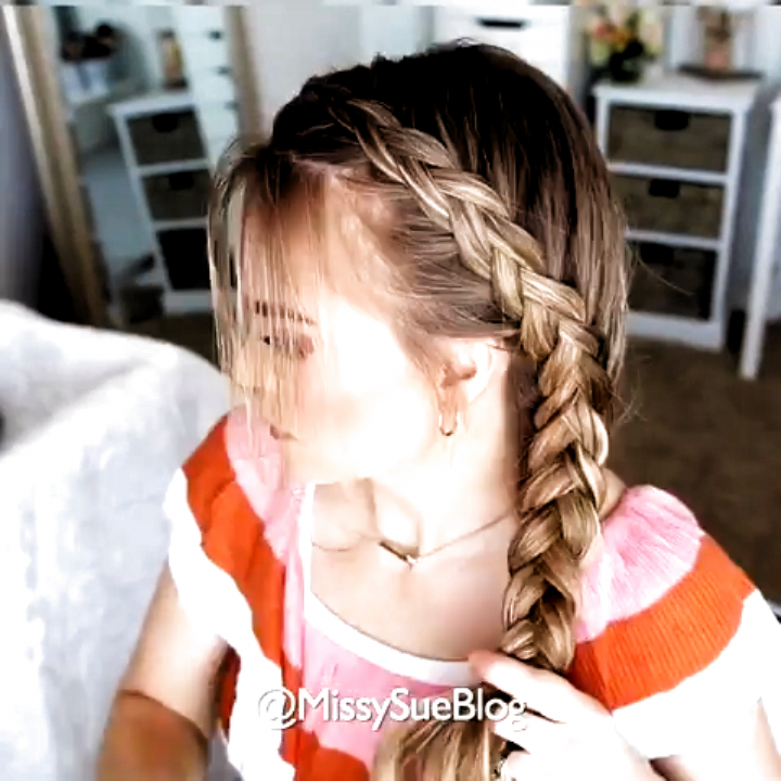 Hairstyle Ideas Bob Hairstyle Ideas To Do At Home Hairstyle Ideas Half Up Half Down Hairstyle Ideas Wi In 2020 Side Braid Tutorial Hair Styles Braids For Long Hair