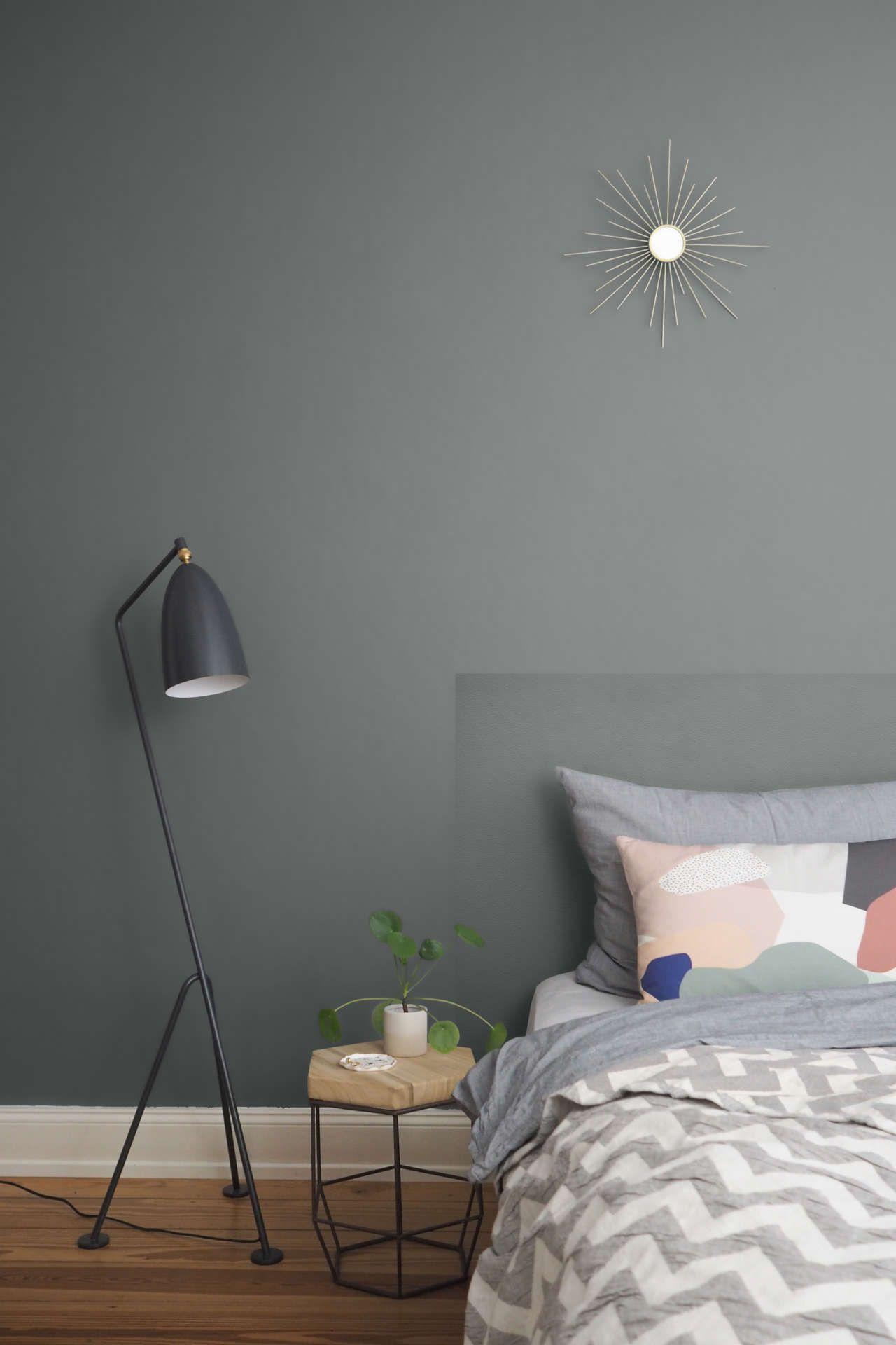 Diy Betthaupt Mit Sandstrukturfarbe Farbige Wande Diy Bett Zimmer