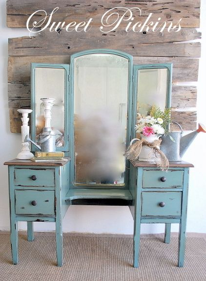 {Moody Blue Antique Vanity/Dressing Table} – Before & After - Antique Vanity/dressing Table By Sweet Pickins! Simples Toque