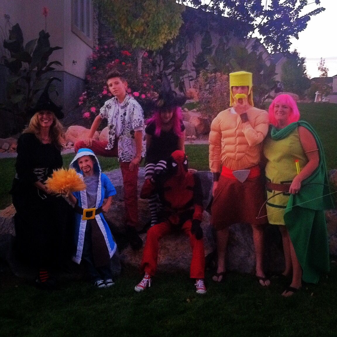 a barbarian an archer and wizard from the clash of clans with a few witches deadpool and ace ventura - Ace Ventura Halloween Costumes
