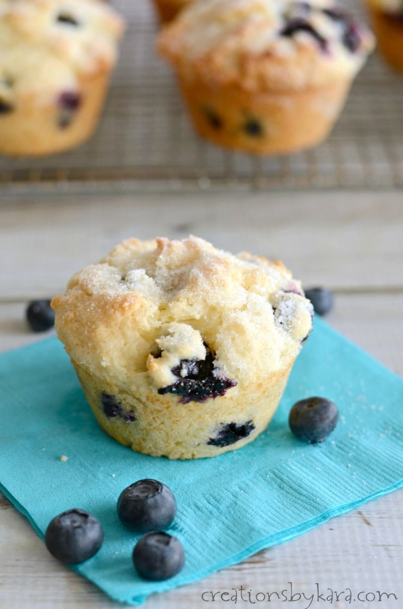 Sour Cream Blueberry Muffins Sour Cream Makes These Muffins Extra Soft And Adds Sour Cream Blueberry Muffins Muffin Recipes Blueberry Blue Berry Muffins