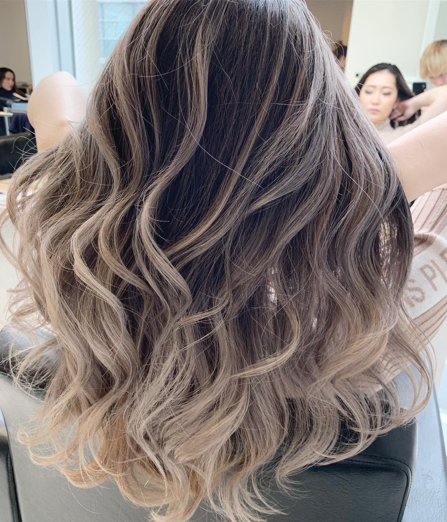 はんぺんblog ホワイトベージュperfect Balayage 2020 パープルバレイヤージュ 髪 カラー ヘアスタイル