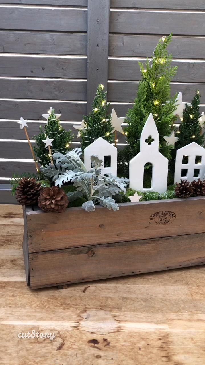 Photo of DIY: Christmas flower box with winter houses