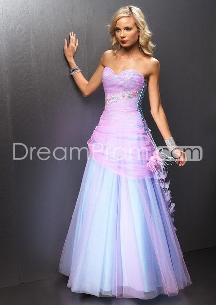 Dramatic A-Line Sweetheart Floor-length Organza Ball Gown Prom Dresses #204495